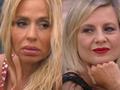 """Antonella Elia fuori controllo: """"Volevo strappare le extension alla Marini"""""""