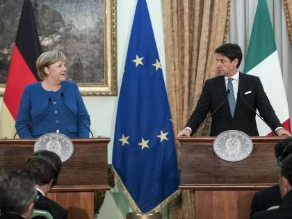Ora è crisi fra Roma e Berlino. E lo scontro fa tremare l'Ue