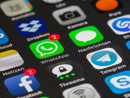 """Libri e giornali diffusi su Telegram: la Finanza sequestra 17 canali """"pirata"""""""