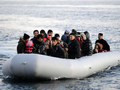 Pronte le navi-quarantena. L'ira di Calabria e Sicilia