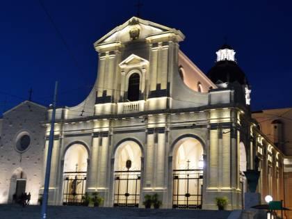 Ecco la mossa della Sardegna: via libera alle Messe
