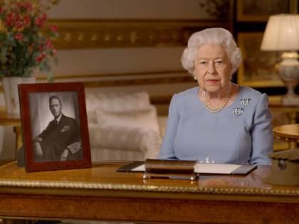 Così la Regina riuscì a tenere la sua ricchezza al segreto
