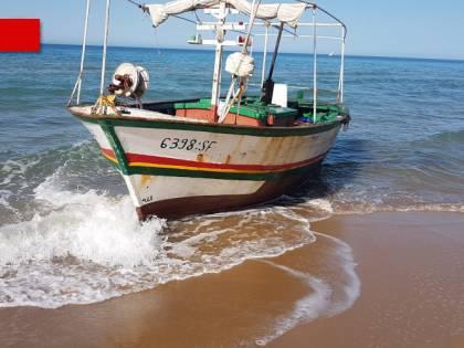 Tra barchini e carrette del mare: l'invasione di sbarchi fantasma