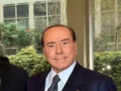 """Berlusconi: """"Per rilanciar l'economia servono 2 grandi piani su case e infrastrutture"""""""
