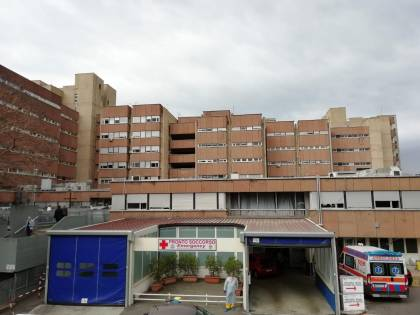 Reggio Calabria, donna muore per una dose eccessiva di psicofarmaci: arrestati due infermieri
