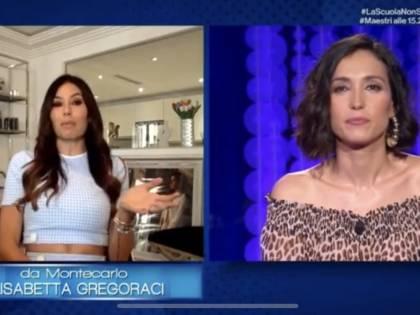 """Elisabetta Gregoraci in lacrime: """"La più grande bugia l'ho detta a mia madre prima che morisse"""""""