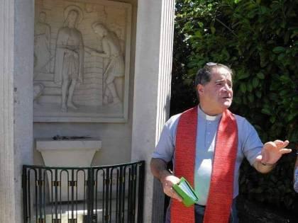 """Open Arms, parroco difende Salvini: """"Responsabilità è del Governo"""""""