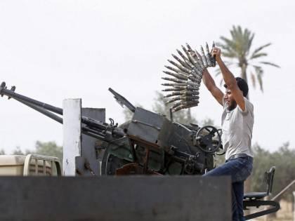 """Haftar annuncia ritiro da Tripoli, Al Sarraj: """"Annienteremo il nemico"""""""