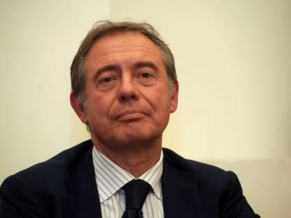 Domani la relazione del Copasir: i piani francesi che il governo non vede