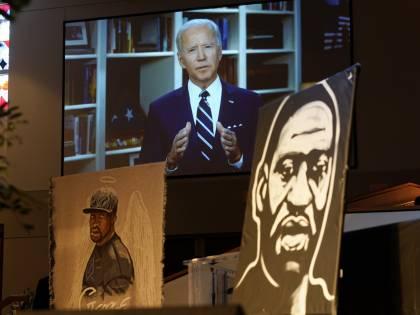 Un anno dopo Floyd niente legge sugli agenti. Biden resta a mani vuote