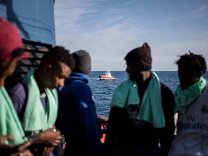 Malta chiude e in Sicilia sbarcano 278 migranti