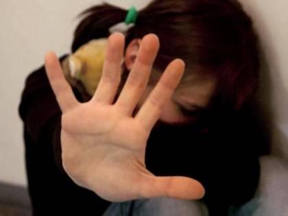 Bimba concepita per subire abusi sessuali: genitori condannati