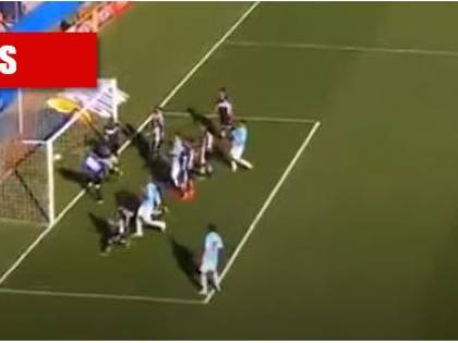 I gol più pazzi su calcio d'angolo. I 10 video che avete dimenticato