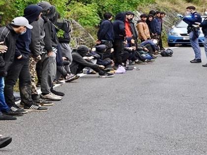 """La Regione Liguria chiude ai migranti: """"Niente posti, ci sono altre priorità"""""""