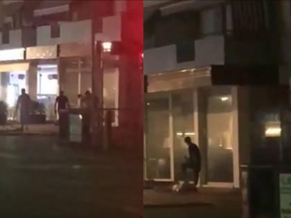 Tunisino molesta alcuni giovani in un bar, ma viene pestato a sangue