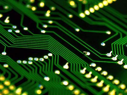 Guerra nascosta dei microchip: che cosa sta succedendo in Ue
