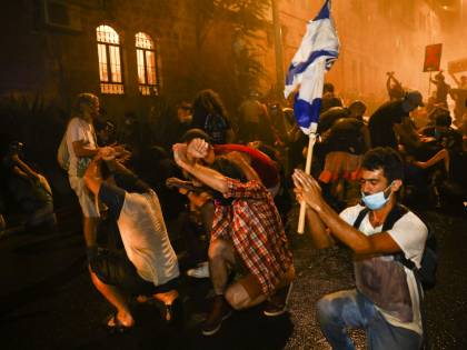 Covid, Israele va in piazza. Il vero obiettivo è Netanyahu