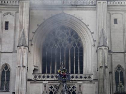 Incendio in cattedrale: fermato un ruandese
