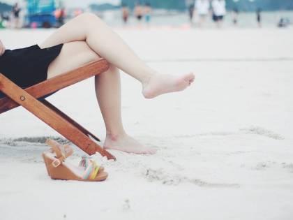 I consigli per prendersi cura delle gambe in estate