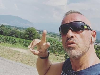 """Nuovo flirt per Eros Ramazzotti? Il cantante pizzicato con una ex di """"Amici"""""""