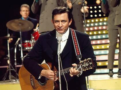 Ecco il Johnny Cash più sottovalutato con Paul McCartney, Fogerty e Bono