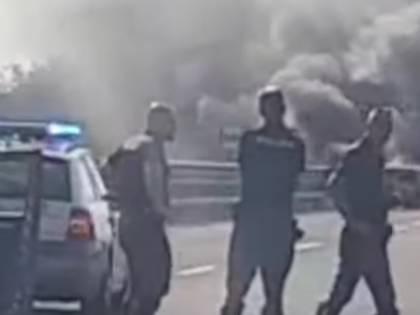 Assalto a portavalori nel foggiano: chiodi, fuoco e spari tra le auto
