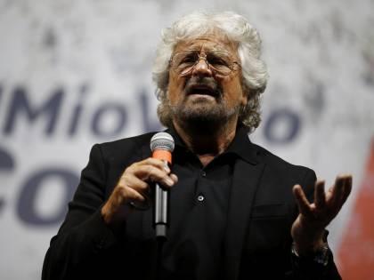 """Il """"tutti dentro"""" di Grillo per restare al potere. L'ora del panico a 5 stelle"""