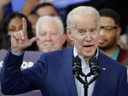 """E Biden lancia la sfida (con l'aiuto di Obama) """"Riprendiamoci l'anima"""""""