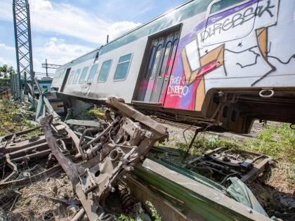Deragliamento treno, si indaga sull'incidente