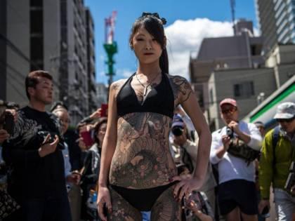 Quelle donne dai corpi tatuati che sfidavano religione e leggi