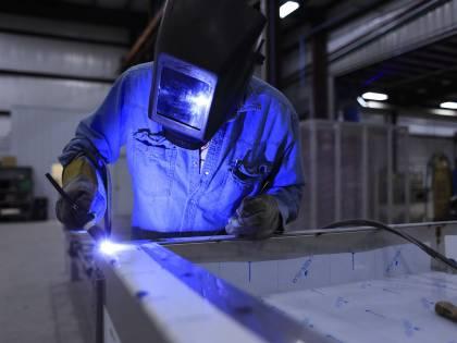 Male l'industria: fatturato a -11%. È il peggior calo da dodici anni