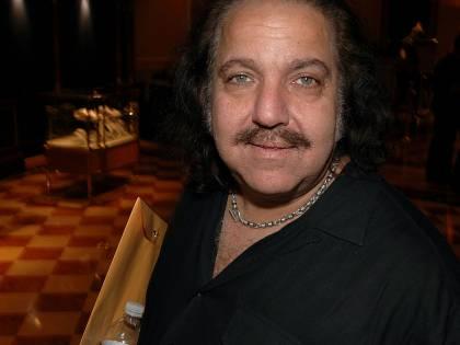 Il re del porno Ron Jeremy è nei guai: rischia 250 anni di galera