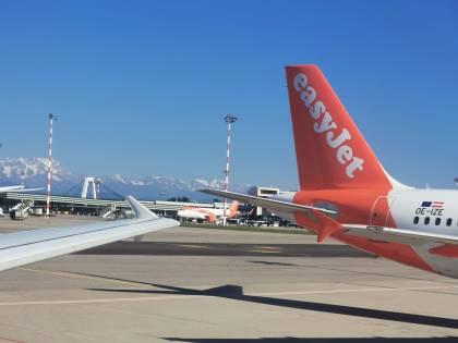 Da Milano a Bucarest: easyJet apre una nuova rotta, aumentano le frequenze per Catania e Palermo