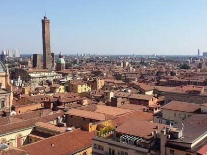 """""""Sesso in cambio di cocaina"""": i verbali delle orge a Bologna"""