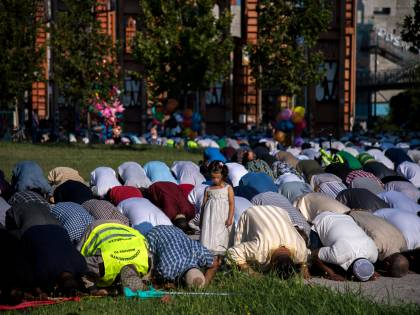 """Scoppia la """"guerra"""" delle moschee: cosa ci aspetta"""