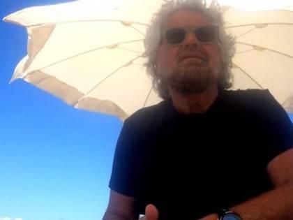 """Giornalista denuncia: """"Beppe Grillo mi ha aggredito"""""""