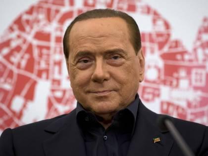 """Berlusconi scuote l'Europa """"Fermare l'egemonia cinese"""""""