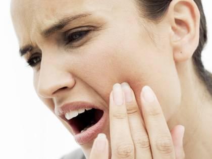 Ascesso dentale, i sintomi a cui prestare attenzione
