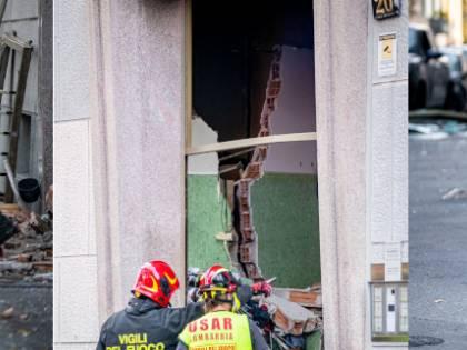 Esplosione a Milano: 6 feriti e centinaia in strada