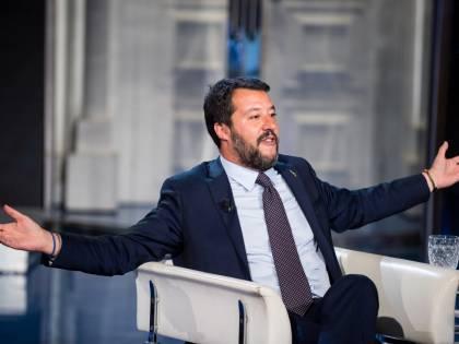 """La prof offende l'ex alunna sordomuta perché sta con Salvini: """"Bisogna stare con chi accoglie"""""""