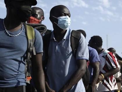Ecco tutti i trucchi dei migranti per rimanere in Italia