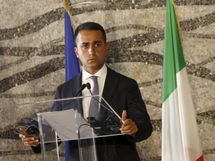 Italia umiliata. Di Maio, sveglia