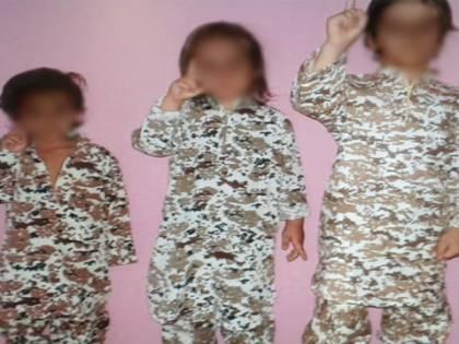 """""""Mamma Isis"""" arrestata ora è in Italia con i bimbi. """"Non saranno jihadisti"""""""