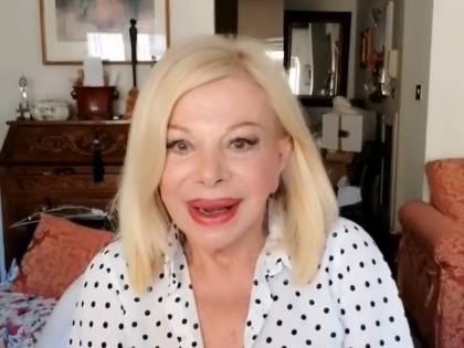 """Sandra Milo choc: """"Mi tocca vedere foto delle parti intime maschili"""""""
