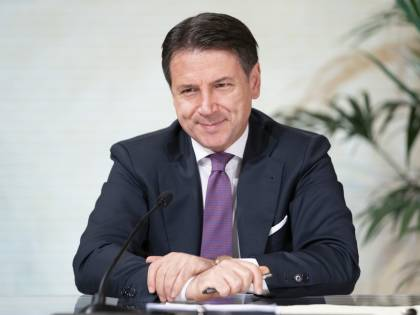 Conte alza gli stipendi: quanto guadagnano ora i dirigenti di Palazzo Chigi