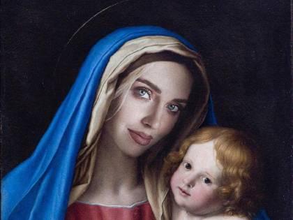 """La """"Madonna"""" Ferragni è un contributo all'arte"""