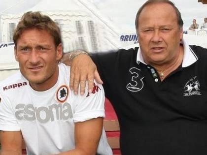 """""""Addio sceriffo"""". Roma piange per papà Totti"""