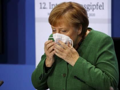 """Germania, via la parola """"razza"""" dalla Costituzione. Ma non sanno come sostituirla"""