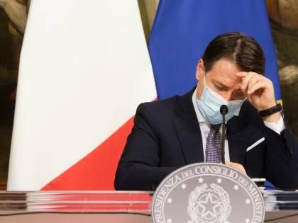 """Gli italiani bocciano Conte: """"Non riesce più a convincere i cittadini"""""""