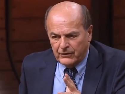 Bersani si scatena in tv: Floris spegne microfono., ma lui continua a parlare